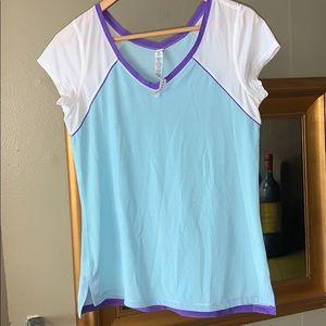 Lululemon t- shirt size 8 worn once